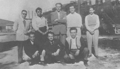 25112018 Foto tomada en la antigua Casa Redonda en Gómez Palacio, Durango, en febrero de 1952. Cristóbal Carlos (f), Juan García (f), Salvador González (f), Güero Garza (f), Manuel Romero (f), Leopoldo Reina (f), Ricardo Lastra (f) y Manuel Ochoa (f).