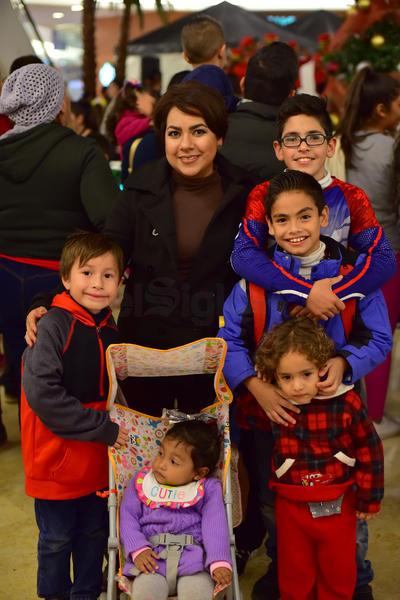 29112018 Ramsés, Floreta, Salvador, Alejandro, André y Karime.
