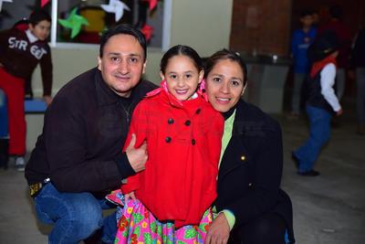 29112018 Javier, Nicole y Yazmín.