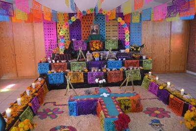 Altar dedicado a Don Antonio de Juambelz y Bracho, fundador de El Siglo de Torreón.