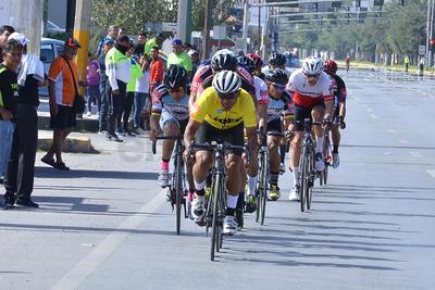 El jaliciense Orlando Garibay se convirtió esta tarde en el nuevo campeón de la Vuelta Ciclista a La Laguna, que celebró durante este fin de semana su edición LXIII.