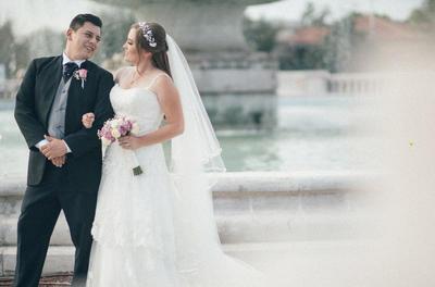 04112018 Danielle Billard Carrillo e Israel Llerenas Juárez contrajeron matrimonio el 19 de octubre en la Medalla Milagrosa. La recepción fue ofrecida en Jardín Versalles, donde asistieron sus seres queridos.
