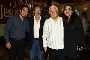 05112018 EN FESTEJO.  Jesús Sotomayor con José Guerrero, Allan Guerrero y Cynthia Núñez.