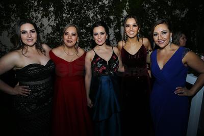 Rosy García, Janette García, Fernanda Mier, Miriam del Ángel y Armida Ríos.