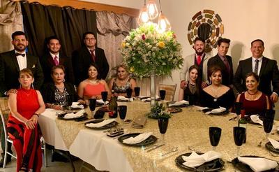 08112018 Cena de gala entre amigos.