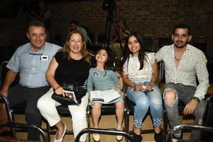 09112018 VIVA LA GENTE.  Ángel, Bertha, Isa, Melina y Pepe.