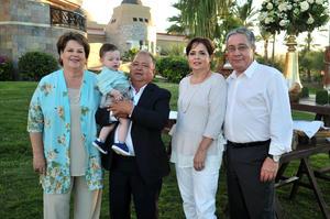 En el bautizo de Diego 8