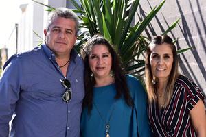 Carlos, Marce y Cristy