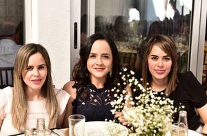 Faryna Rodriguez, Valeria Quiroga y Marcela Calderon