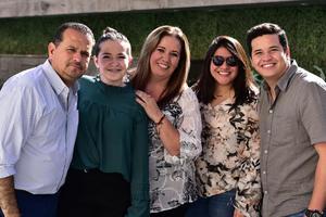 Ricardo, Martha, Alexa, Diego y Michelle
