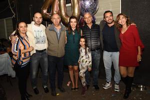 Gaby, Carlos, Jorge, Sofia, Gerardo, Luis Carlos y Anabel