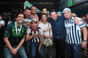 Francisco, Jonathan, Alex, oscar, Cecy, Ale, Pepe y Sergio
