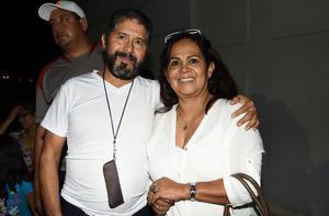 Armando Reyes y Rosario Frausto