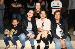 Romina, Zary, Fernanda, Carmelita y Nelly
