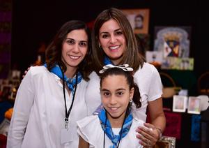 Elena, Celina y Paola