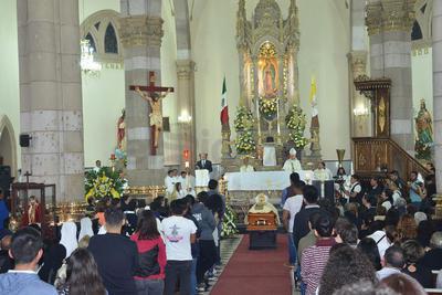 En Catedral fueron recibidos sus restos.