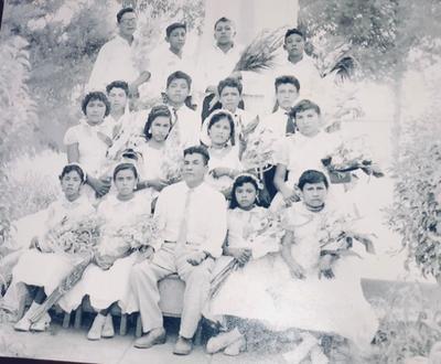 11112018 Generación 1958 de la Escuela Rural Manuel N. Oviedo con el Profesor Víctor Campos Córdova en El Cambio, Coahuila.