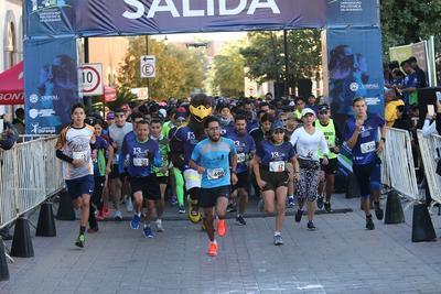 Gran ambiente se vivió en la carrera 10K y 5K de la Unipoli; una carrera con causa.