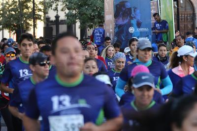 En la carrera 10 y 5K del Aniversario 13 de la Universidad Politécnica de Durango.
