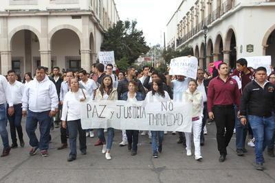 La marcha fue convocada por familiares del joven agredido.