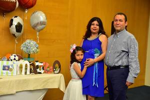 13112018 FIESTA DE CANASTILLA.  Sandra Corpus con Heriberto Sánchez y María.