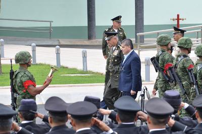 En las instalaciones de la XI Región Militar se dio la entrega de un Hospital Militar Regional en el interior del Campo Militar No 6-B, en el que el estado de Coahuila invirtió 167 millones de pesos.