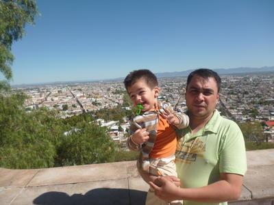 15112018 Francisco con su hijo, Paquito.