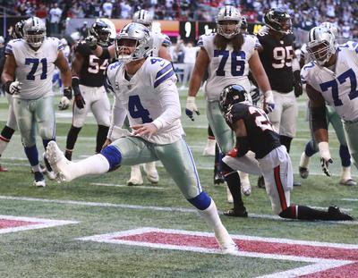 El pateador Brett Maher se reivindicó tras fallar un punto extra y convirtió un gol  de campo de 42 yardas en la última jugada del encuentro dominical, que los  Cowboys de Dallas terminaron por ganar por marcador de 22-19 a los Falcons de  Atlanta.