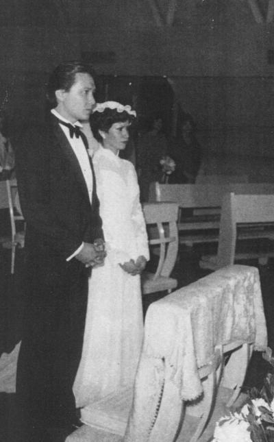 18112018 Arq. Guillermo R. Wah y Lic. Lucía Salas en 1974.