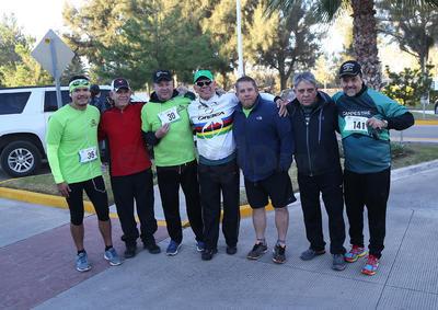 Pepe Chuy, Sergio Ávila,  Enrique Rojas, Arturo Tejada, Paco Arroyo Roberto Ávila y Fernando Sánchez.
