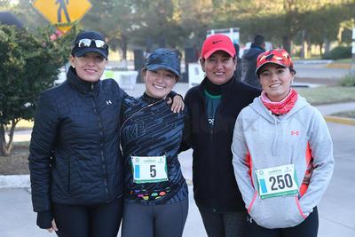 Mónica Galindo, Tere Galindo, Anacris Villalobos y Ximena Parra.