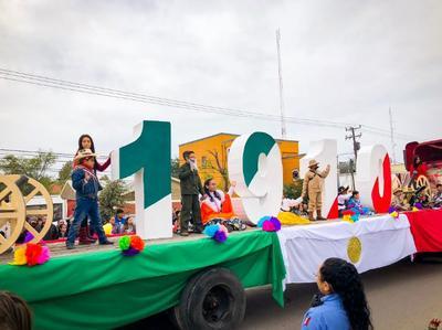 El desfile dio inicio a las 08:30 horas, teniendo como punto de partida la avenida 16 de Septiembre y calle Periodistas.