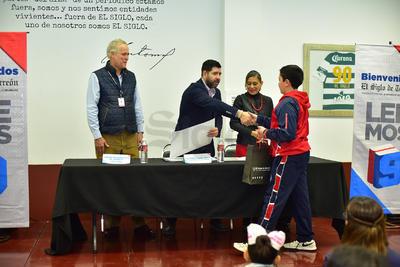 Los ganadores del concurso, fueron premiados por El Siglo de Torreón.