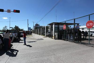 """La Junta Directiva de la Universidad Juárez del Estado de Durango (UJED), suspendió a dos estudiantes implicados en el caso, incluido Ricardo """"N""""."""
