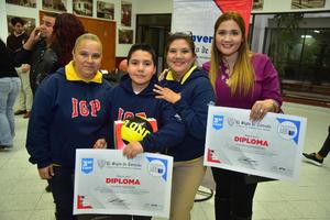 22112018 Laura, Jesús, Lupita y Marisol.