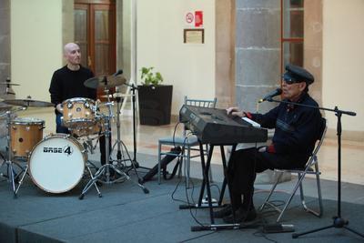 Tino Contreras arrancó la segunda edición del Festival Internacional de Jazz en Durango.