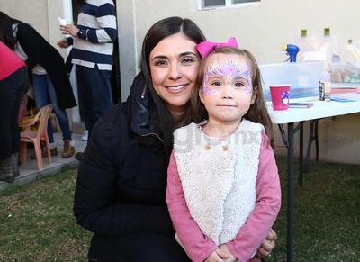 Diana Aguirre y Ximena.