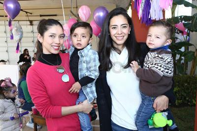 Erika Domínguez, Víctor Rubí, Anita Trujillo y José María Méndez.