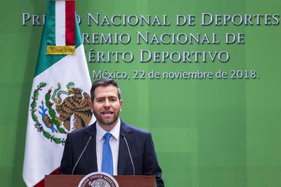El director general de CONADE, Alfredo Castillo, participó hoy en la ceremonia del Premio Nacional de Deportes y Premio Nacional de Mérito Deportivo 2018 que se realizó en la residencia Oficial de Los Pinos.
