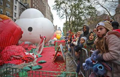 Nueva York brilla con su desfile de Acción de Gracias