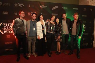 Los actores Mario Moreno del Moral y Camila Selser fueron los invitados de gala al primer día de la fiesta del Séptimo Arte que se celebrará del 22 al 28 de octubre dentro y fuera de la ciudad.