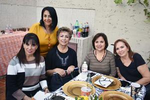 23112018 REUNIóN MENSUAL DE JARDINERAS.  Mireya, Alma, Soco, Asura y Cecilia.