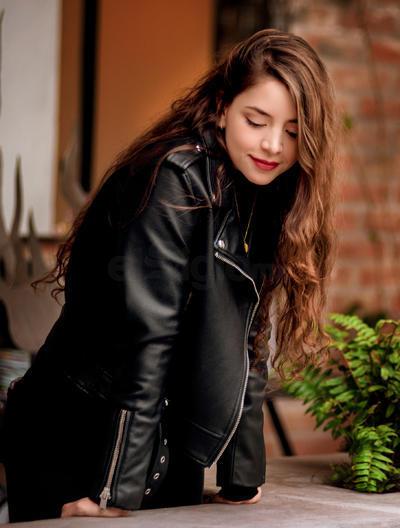 Rostros | Laura