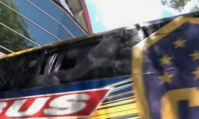 Fue agredido el autobús del Boca Juniors.