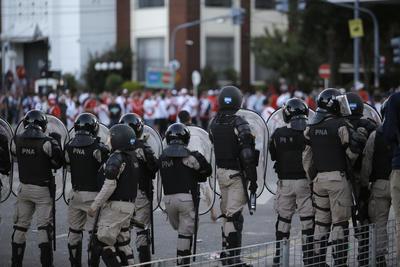 La causa fueron los disturbios que se vivieron.