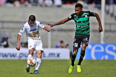 Preciado fue de la partida inicial con Santos.