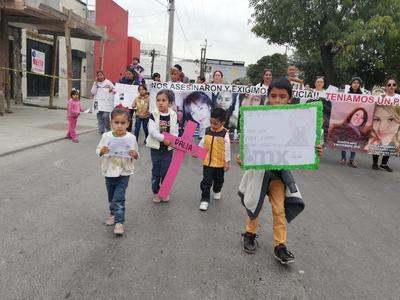 Marcharon los colectivos como Aborto Legal Laguna, Red de Mujeres, Activistas Feministas, Mujeres Generando Cambios y Musas.