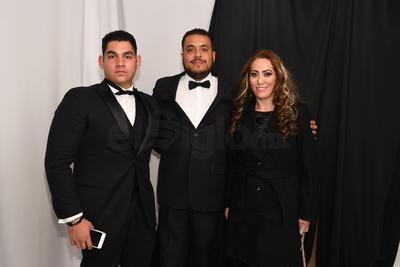 Eduardo Mena, Jesús Gracía y Rosy Santillán.