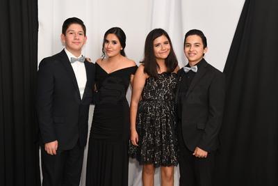 Alberto Sifuentes, Alexa Aguilar, Camila Salas y Emilio Barrientos.