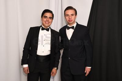 Raymundo Cisneros y René Flores Vargas.